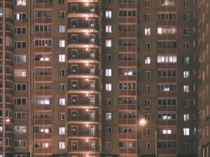 דירה בבניין